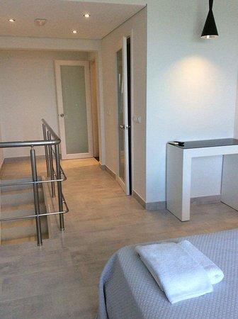 Kypseli, Grekland: Hall boven en slaapkamer suite