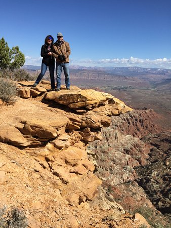 Springdale, UT: Gooseberry Mesa - living on the edge - Thanks Buddy!