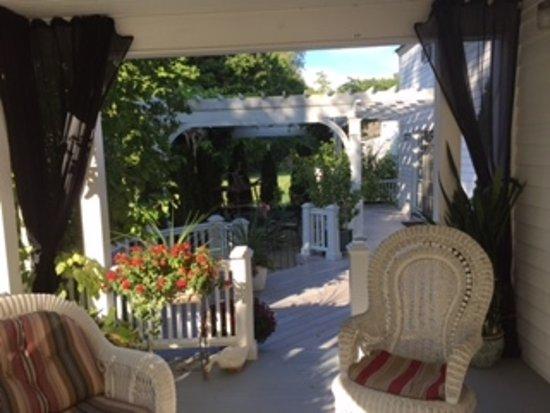 Foto de Applewood Manor Bed & Breakfast