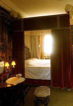 castle canopy bed cawdor castle inside picture of cawdor castle nairn tripadvisor