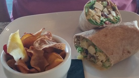 Pi on Broadway: Curried Chicken Salad wrap