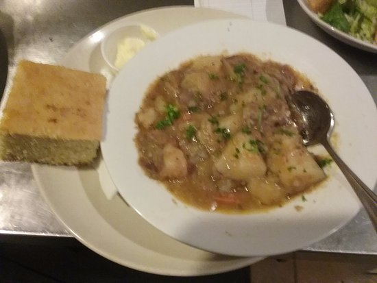 Maple Street Grille: Hungarian beef goulash