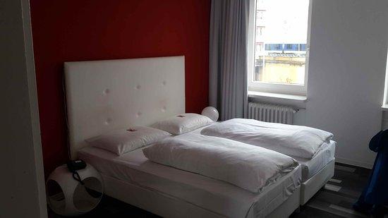Img 20161003 Wa0004 Large Jpg Bild Von Cityhotel Am Thielenplatz