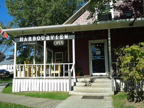 Murray Harbour, Canada: Outside view of the Harbourview restaurant