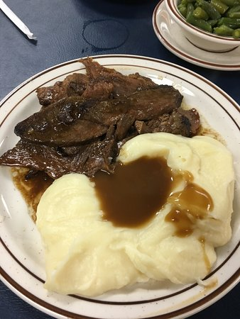 Quarryville, PA: Roast beef and mashed potatoes