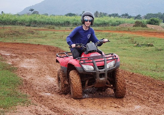 Yorkeys Knob, Australia: Quad biking