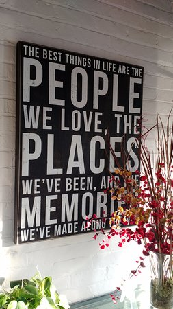Fort Mitchell, KY: Love this quote and fits this place perfectly!