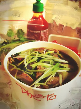 Pho Ta: Pho bo chin (well-cooked beef with Pho)