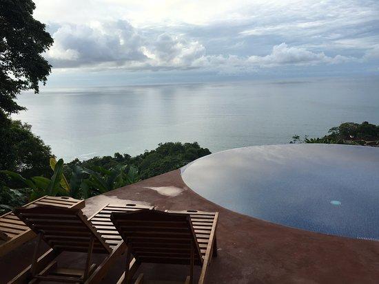 Anamaya Resort & Retreat Center: gorgeous infinity pool