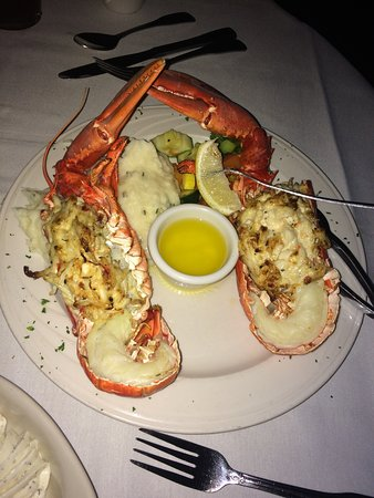 Oyster Bay Restaurant & Bar: Food was incredible & staff was amazing. Everyone was so nice, welcoming & so down to earth!Cann