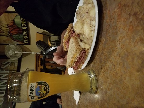 Poulsbo, WA: Oktoberfest and Ayinger Brauerei