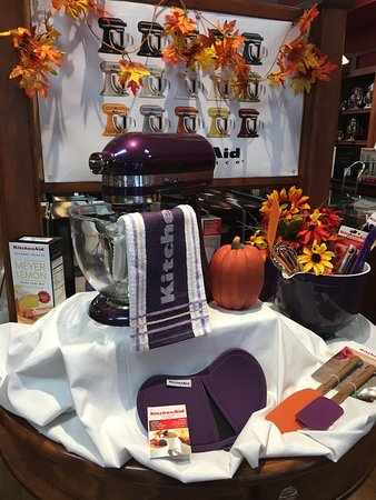 Kitchenaid Experience Retail Center Greenville Oh Top