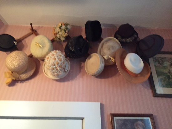 Carrollton, OH: more hats in bathroom
