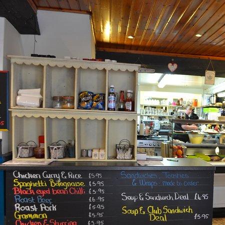 Brookeborough, UK: Carolinez's Kitchen interior