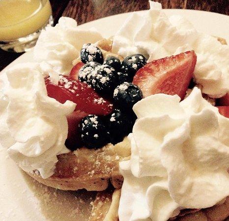 Fort Scott, KS: Belgian waffle