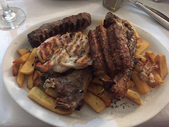 The Plaka Restaurant: photo6.jpg