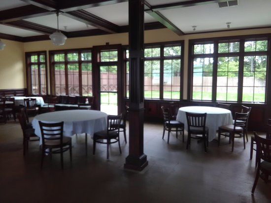Granger, IN: Dining Room for Events