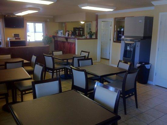Interior - Picture of Rodeway Inn, Grand Junction - Tripadvisor