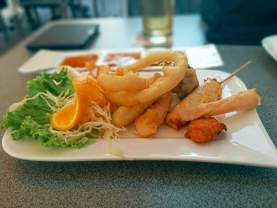 Rheinhausen, Германия: Vorspeisenteller kommt nach satten 40 (!) Minuten. Für frisches Gemüse mit TK einfach zu lang...