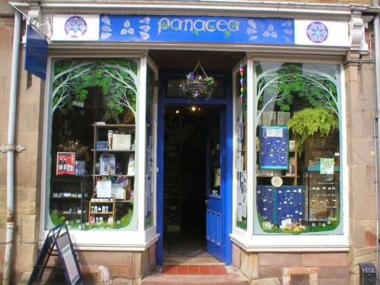 Rosemarkie, UK: Panacea...handcrafted jewellery, herbal remedies and good, informed advice...in a relaxed, cosy