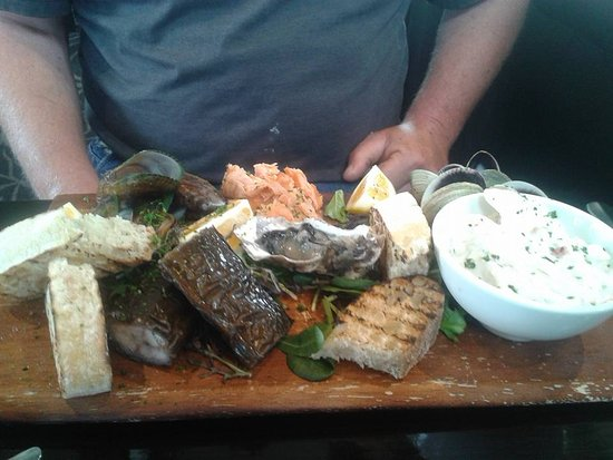 Gore, Yeni Zelanda: Seafood Platter, amazing dish with the works.