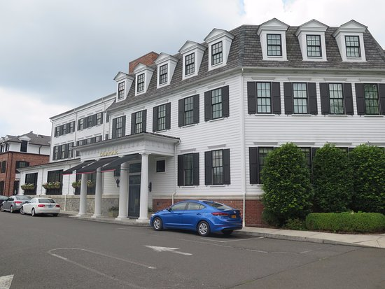 Southport, CT: Hotel Entrance