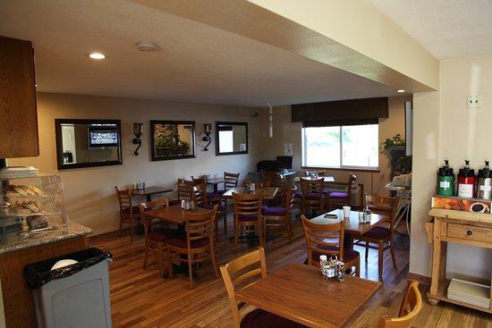 Morton, WA: Lobby und Frühstücksbereich