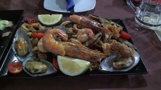 Trapezaki, Greece: Seafood platter