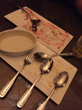 Manchester, VT: (What was left of) The Créme Brulee & Chocolate Torte w/ Raspberry Coulis - Pefect desserts, ind