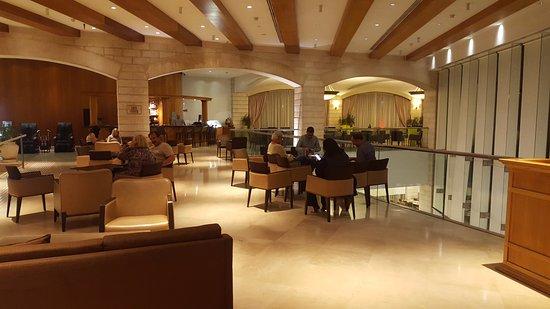 大庭院酒店照片