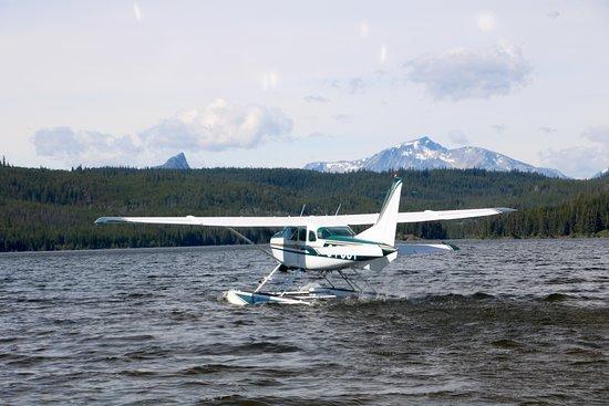 Kleena Kleene, Canadá: Flug mit Wasserflugzeug