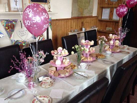 Kinlochbervie, UK: Tipsy Tea Party