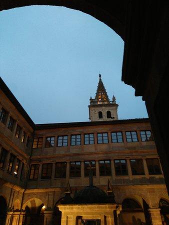 Monasterio de San Pelayo: IMG_20161008_194941_large.jpg