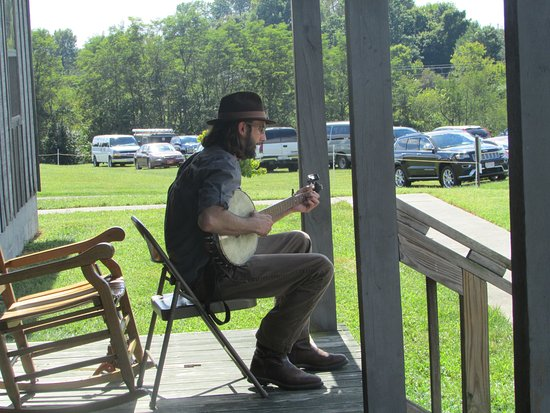 Camp Nelson Civil War Heritage Park: Musician at Camp Nelson