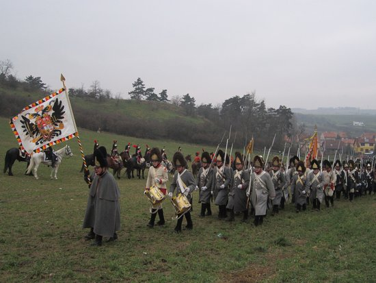 Brno, República Checa: Re-enactment of the Battle of Austerlitz, every year around 2 Dec