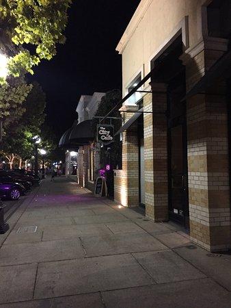 Yuba City, Kalifornien: photo0.jpg