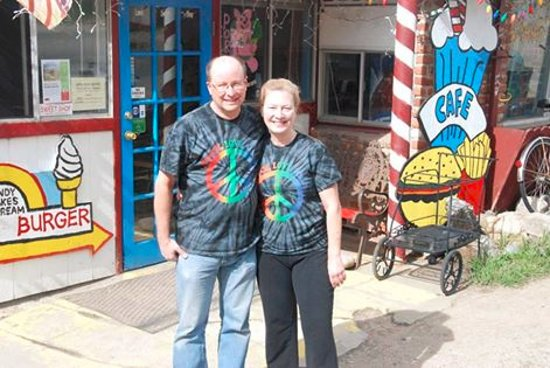 Empire, CO: Dean & Julie - owners