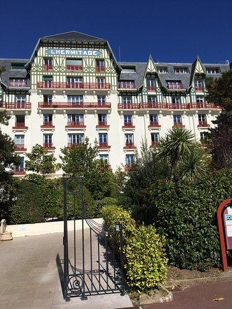 Picture of hotel barriere l 39 hermitage la for Hotels la baule