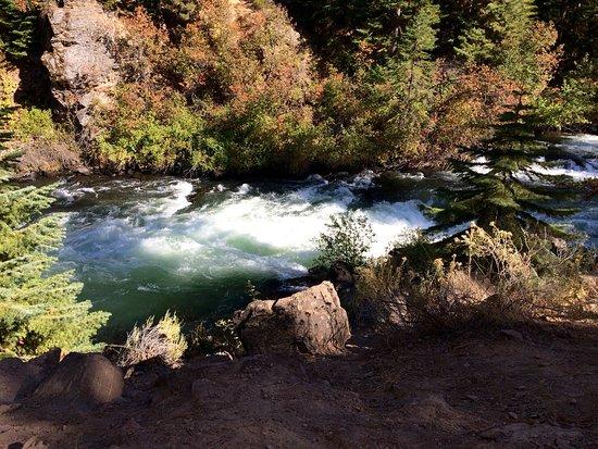 Sunriver, Oregón: Some pics of the falls