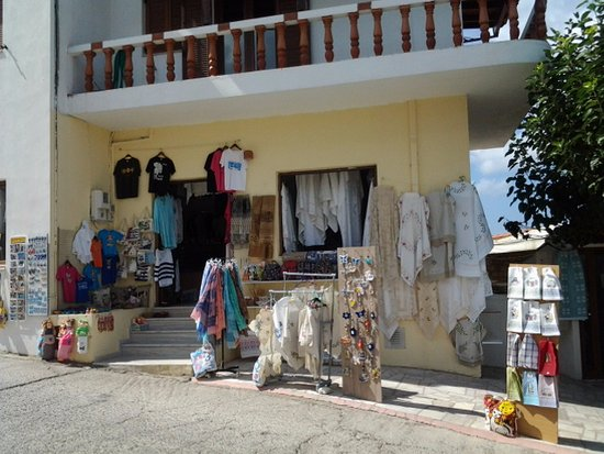 Rethymnon Prefecture, Greece: More shops