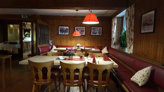 Grasellenbach, Tyskland: Der urige Gastraum ...