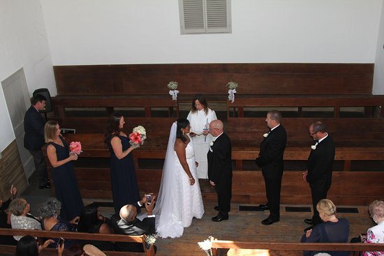 Quaker Meeting House Wedding Vows From Balcony
