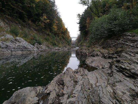 Quechee, VT: Bottom looking up