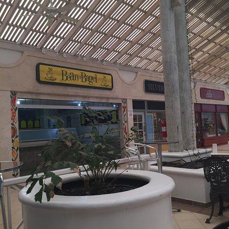 Bean n Bagel Cafe: photo1.jpg