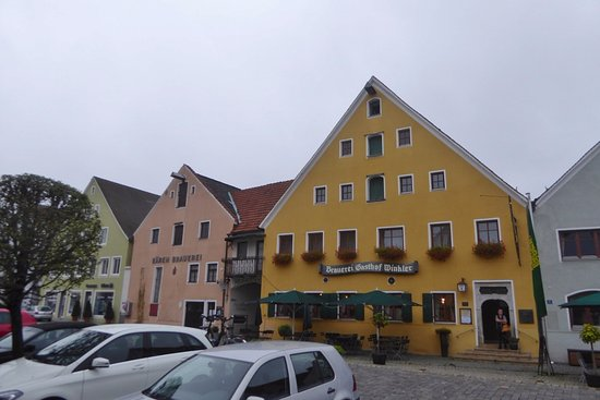 Berching, Germany: Altstadt mit Brauereigasthof Winkler