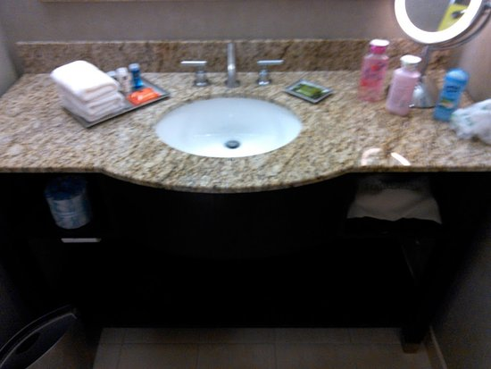 Radisson at The University of Toledo : The shampoo and conditor smell great