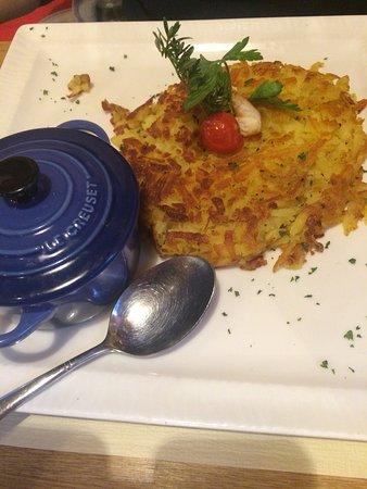 Toerbel, Swiss: Super freundlicher Empfang und Service. Das Essen war vorzüglich und nach unserem Geschmack. Per