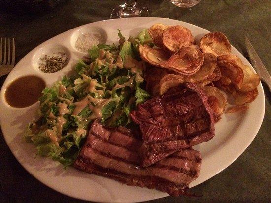 Villefranche-de-Rouergue, Francja: Bœuf + veau excellent