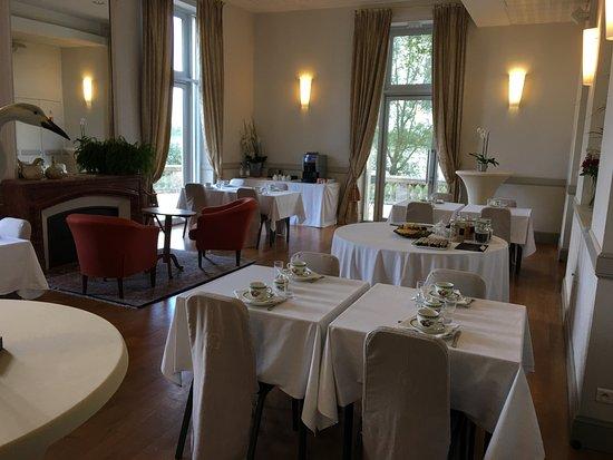 Blanquefort, Frankrike: salon pour le petit déjeuner