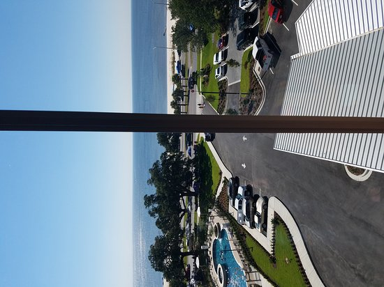 Hampton Inn Biloxi: 20161008_113024_large.jpg